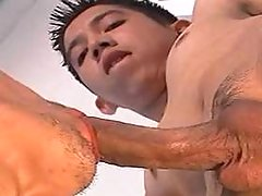Cute Asian clerk sucked by his boss