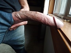 Hot twink masturbates in bed